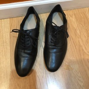 Old Navy Lace Black Shoe
